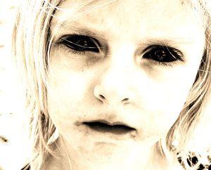 黒い目の子供たち〜
